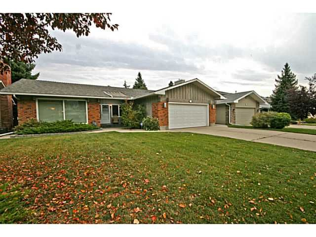 Welcome to 12340 Lake Moraine Rise.  More photo's here: http://tinyurl.com/mtstcs6