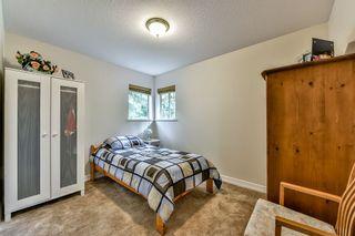 "Photo 13: 9258 154TH Street in Surrey: Fleetwood Tynehead House for sale in ""BERKSHIRE PARK"" : MLS®# R2071682"