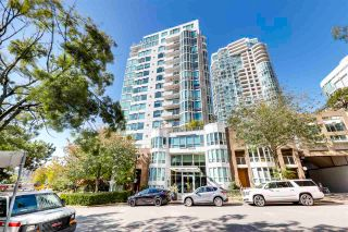 """Photo 1: 504 1501 HOWE Street in Vancouver: Yaletown Condo for sale in """"888 BEACH"""" (Vancouver West)  : MLS®# R2589803"""