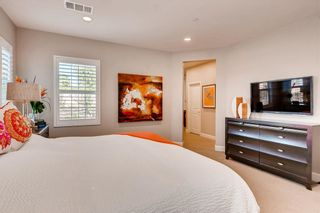 Photo 13: CARMEL VALLEY House for sale : 4 bedrooms : 6698 Monterra Trl in San Diego