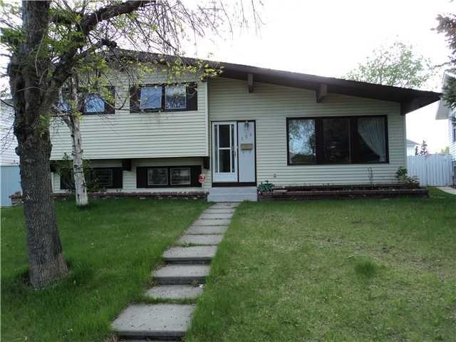 Main Photo: 159 PINEMILL Road NE in CALGARY: Pineridge Residential Detached Single Family for sale (Calgary)  : MLS®# C3570387