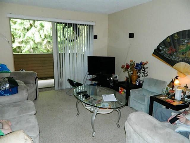 "Main Photo: 214 33400 BOURQUIN Place in Abbotsford: Central Abbotsford Condo for sale in ""BAKERVIEW PLACE"" : MLS®# F1439597"