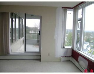 """Photo 4: 807 13880 101ST Avenue in Surrey: Whalley Condo for sale in """"THE ODYSSEY"""" (North Surrey)  : MLS®# F2812747"""