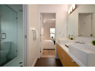 """Photo 9: 1560 COMOX Street in Vancouver: West End VW Townhouse for sale in """"C & C"""" (Vancouver West)  : MLS®# V931031"""