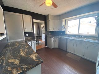 Photo 3: 10535 110 Street: Westlock House for sale : MLS®# E4254368