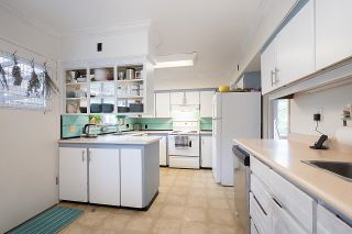 Photo 5: 2925 W 11TH Avenue in Vancouver: Kitsilano House for sale (Vancouver West)  : MLS®# R2623875