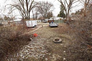 Photo 25: 651 Pasadena Avenue in Winnipeg: Fort Richmond Residential for sale (1K)  : MLS®# 202109016
