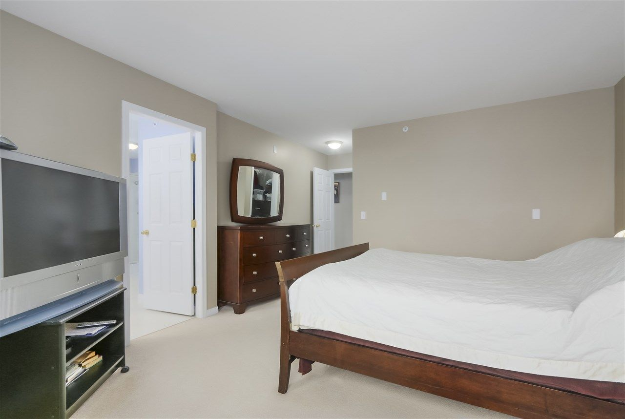 """Photo 15: Photos: 61 758 RIVERSIDE Drive in Port Coquitlam: Riverwood Townhouse for sale in """"RIVERLANE ESTATES"""" : MLS®# R2444396"""