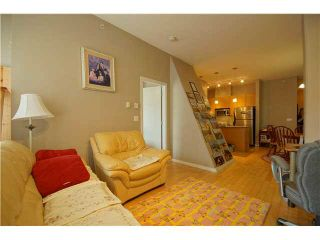 """Photo 4: 303 39 SIXTH Street in New Westminster: Downtown NW Condo for sale in """"Quantum By Bosa"""" : MLS®# V1135585"""