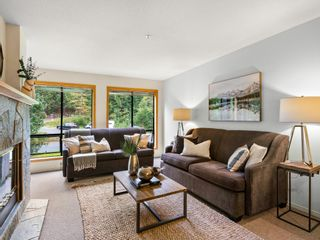 """Main Photo: 307 4821 SPEARHEAD Drive in Whistler: Benchlands Condo for sale in """"POWDERHORN"""" : MLS®# R2617122"""