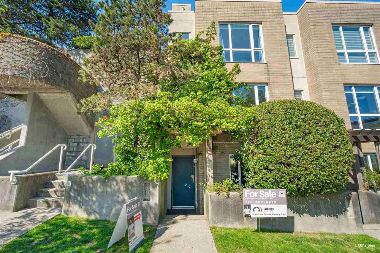 Main Photo: TH 1 2483 SCOTIA Street in Vancouver: Mount Pleasant VE Townhouse for sale (Vancouver East)  : MLS®# R2567684