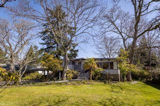 Photo 34: 3553 Cardiff Pl in : OB Henderson House for sale (Oak Bay)  : MLS®# 872669
