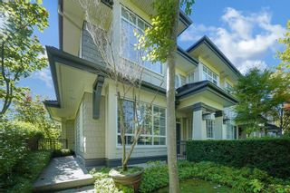 """Photo 2: 6377 LARKIN Drive in Vancouver: University VW Townhouse for sale in """"WESTCHESTER"""" (Vancouver West)  : MLS®# R2619348"""