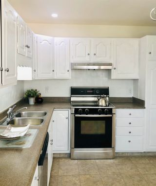 Photo 12: 15921 95 Avenue in Edmonton: Zone 22 House for sale : MLS®# E4259212