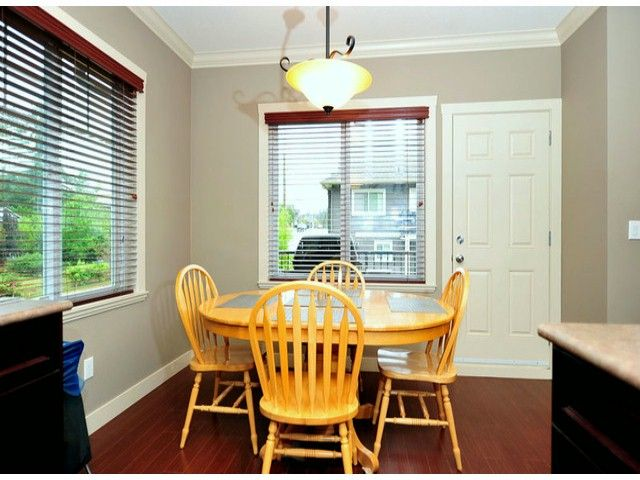 Photo 16: Photos: 8596 FAIRBANKS ST in Mission: Mission BC House for sale : MLS®# F1318181