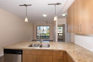 """Photo 4: 301 5211 GRIMMER Street in Burnaby: Metrotown Condo for sale in """"OAKTERRA"""" (Burnaby South)  : MLS®# R2364778"""