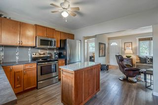 Photo 8: 6364 32 Avenue NW in Calgary: Bowness Detached for sale : MLS®# C4301568
