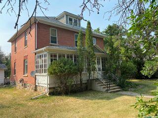 Photo 1: 219 Hood Street in Maple Creek: Residential for sale : MLS®# SK867132