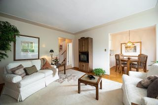 """Photo 3: 9 2296 W 39TH Avenue in Vancouver: Kerrisdale Condo for sale in """"KERRISDALE CREST"""" (Vancouver West)  : MLS®# R2620694"""