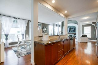 """Photo 14: 8348 209A Street in Langley: Willoughby Heights House for sale in """"Lakeside at Yorkson"""" : MLS®# R2469177"""
