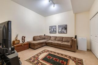 """Photo 19: 47 2351 PARKWAY Boulevard in Coquitlam: Westwood Plateau Townhouse for sale in """"WINDANCE"""" : MLS®# R2398247"""
