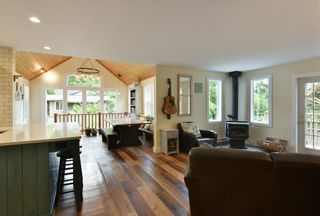 Photo 9: 256 KNIGHT Road in Gibsons: Gibsons & Area House for sale (Sunshine Coast)  : MLS®# R2600569