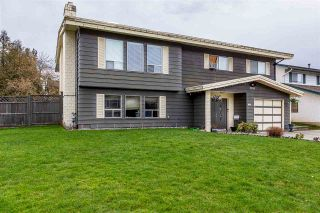 Photo 3: 3326 DENMAN Street in Abbotsford: Abbotsford West House for sale : MLS®# R2444808