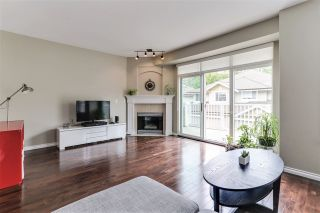 """Photo 3: 21 6950 120 Street in Surrey: West Newton Townhouse for sale in """"COUGAR CREEK BY THE LAKE"""" : MLS®# R2385594"""