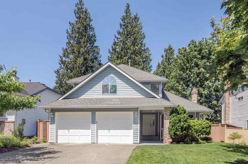 Main Photo: 15735 91A in Surrey: Fleetwood Tynehead House for sale : MLS®# R2204465