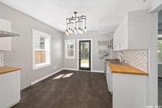 Photo 12: 210 26th Street West in Saskatoon: Caswell Hill Residential for sale : MLS®# SK858566