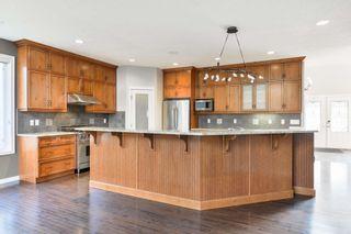 Photo 8: 729 MASSEY Way in Edmonton: Zone 14 House for sale : MLS®# E4257161