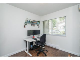 """Photo 15: 6036 W GREENSIDE Drive in Surrey: Cloverdale BC Townhouse for sale in """"Greenside Estates"""" (Cloverdale)  : MLS®# R2588441"""