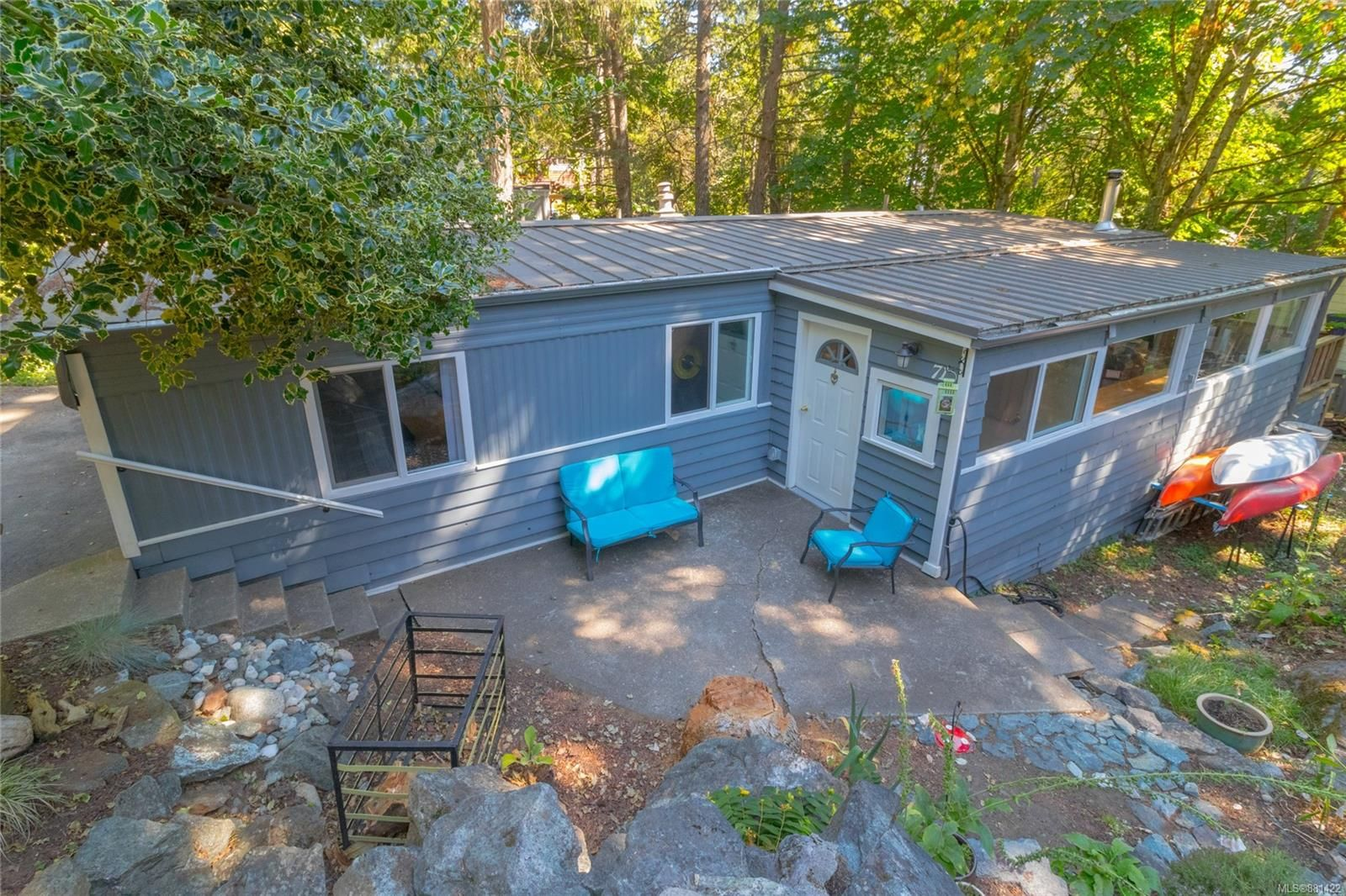Main Photo: 71 2500 Florence Lake Rd in : La Florence Lake Manufactured Home for sale (Langford)  : MLS®# 881422