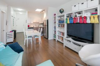 """Photo 3: 403 5692 KINGS Road in Vancouver: University VW Condo for sale in """"O'KEEFE"""" (Vancouver West)  : MLS®# R2124954"""