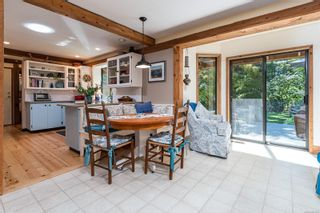 Photo 17: 2982 Smith Rd in Courtenay: CV Courtenay North House for sale (Comox Valley)  : MLS®# 885581