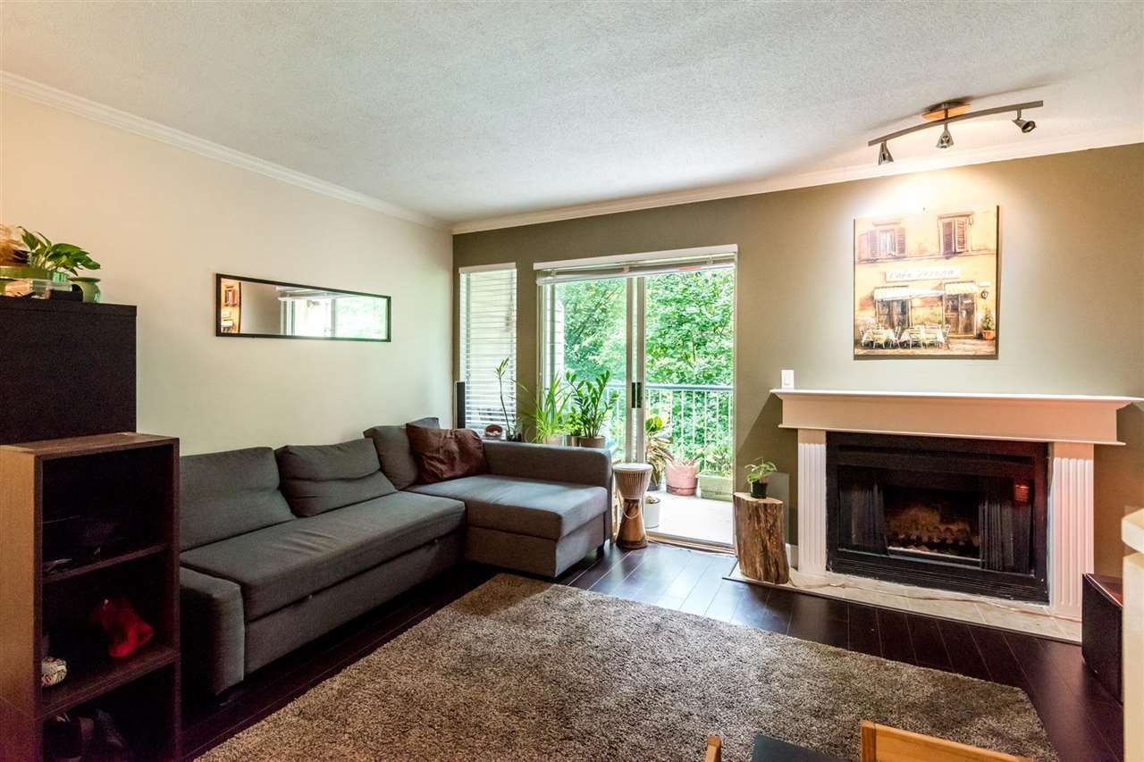 Main Photo: 35 2978 WALTON AVENUE in Coquitlam: Canyon Springs Townhouse for sale : MLS®# R2285370