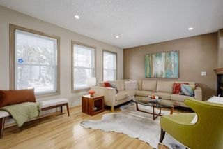Photo 4: 2283 Mons Avenue SW in Calgary: Garrison Woods Detached for sale : MLS®# A1053329