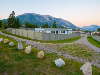Photo 3: 13 Grotto Close: Canmore Detached for sale : MLS®# A1133163