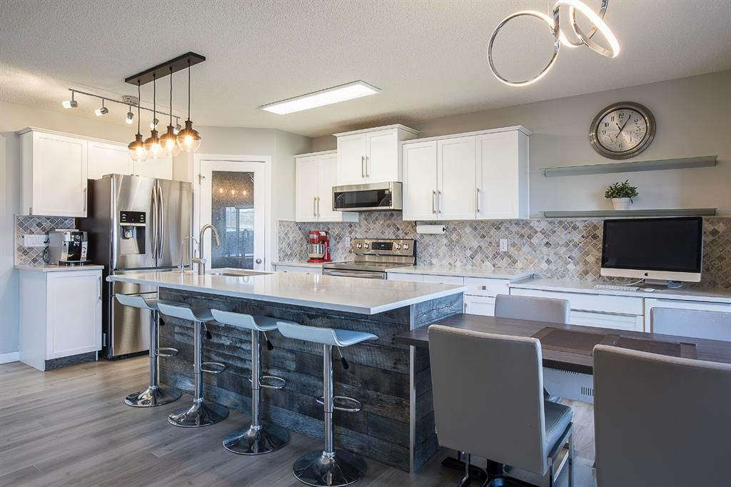Main Photo: 164 Royal Oak Heights NW in Calgary: Royal Oak Detached for sale : MLS®# A1100377