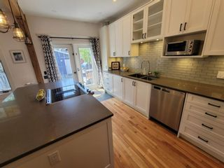 Photo 10: 1715 13 Avenue SW in Calgary: Sunalta Detached for sale : MLS®# A1129497