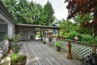 Photo 1: 93 CHADWICK Road in Gibsons: Gibsons & Area House for sale (Sunshine Coast)  : MLS®# R2594709