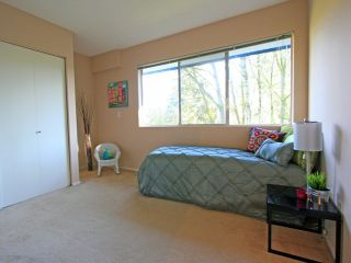 """Photo 7: 1053 CECILE Drive in Port Moody: College Park PM Townhouse for sale in """"CECILE HEIGHTS"""" : MLS®# V931590"""