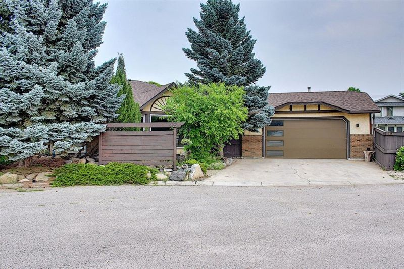 FEATURED LISTING: 412 Mckerrell Place Southeast Calgary