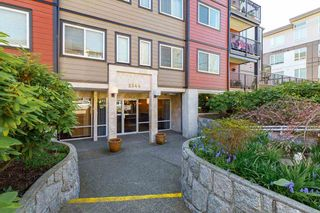 Photo 2: 202 2344 ATKINS Avenue in Port Coquitlam: Central Pt Coquitlam Condo for sale : MLS®# R2565721