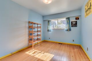 """Photo 13: 7586 KRAFT Place in Burnaby: Government Road House for sale in """"GOVERNMENT ROAD"""" (Burnaby North)  : MLS®# R2040392"""