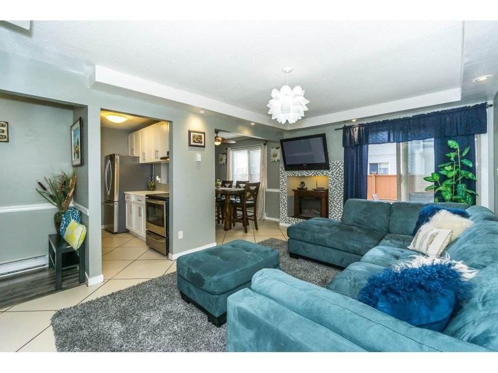 "Main Photo: 174 27456 32 Avenue in Langley: Aldergrove Langley Townhouse for sale in ""Cedar Park Estates"" : MLS®# R2323637"