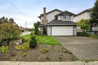 Photo 3: 15598 ROPER AVENUE in South Surrey White Rock: Home for sale : MLS®# R2003689