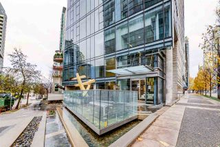 """Photo 2: 2701 1499 W PENDER Street in Vancouver: Coal Harbour Condo for sale in """"West Pender Place"""" (Vancouver West)  : MLS®# R2520927"""