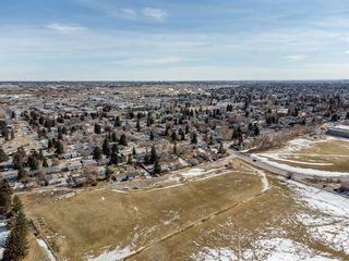 Photo 44: #1 4207 2 Street NW in Calgary: Highland Park Semi Detached for sale : MLS®# A1111957