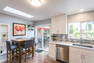 Photo 6: 24896 SMITH Avenue in Maple Ridge: Websters Corners House for sale : MLS®# R2594874